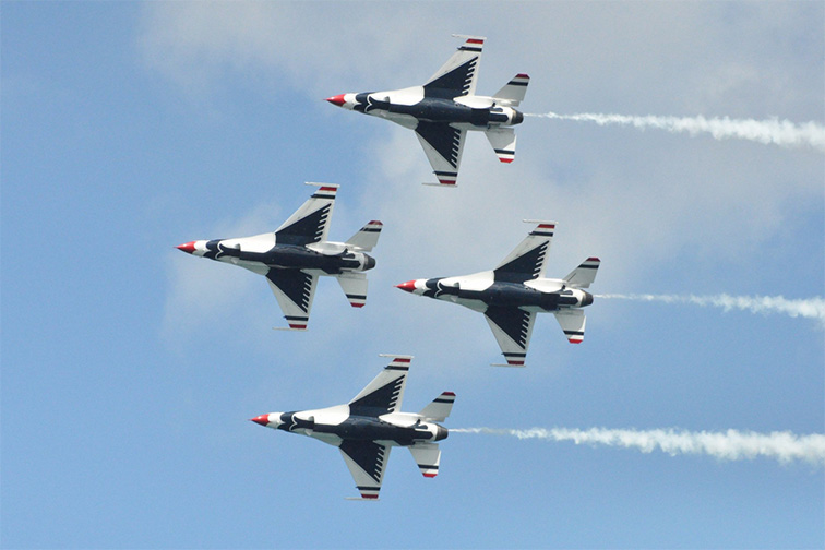 Catch the Chicago Air & Water Show in August;Courtesy ofTripAdvisor Traveler/Zoxil