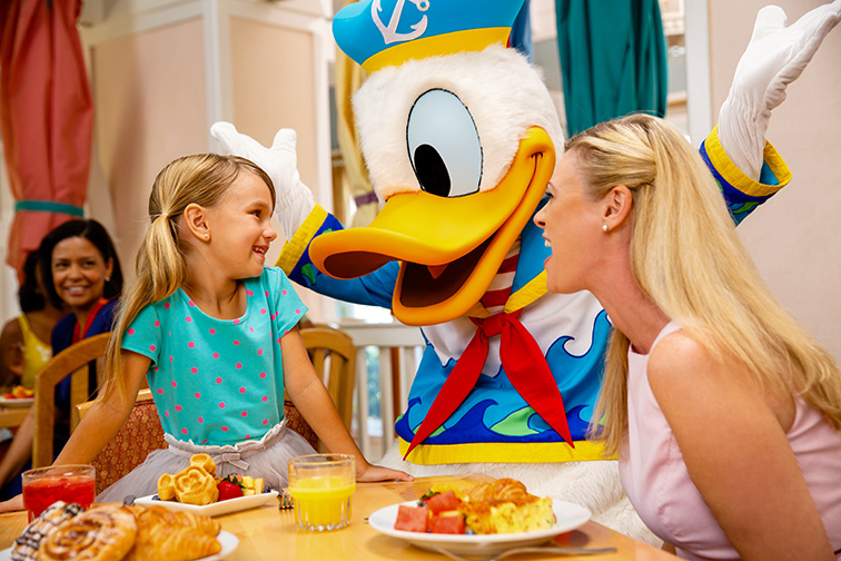 Cape May Cafe - Disney's Beach Club Resort; Courtesy of Disney