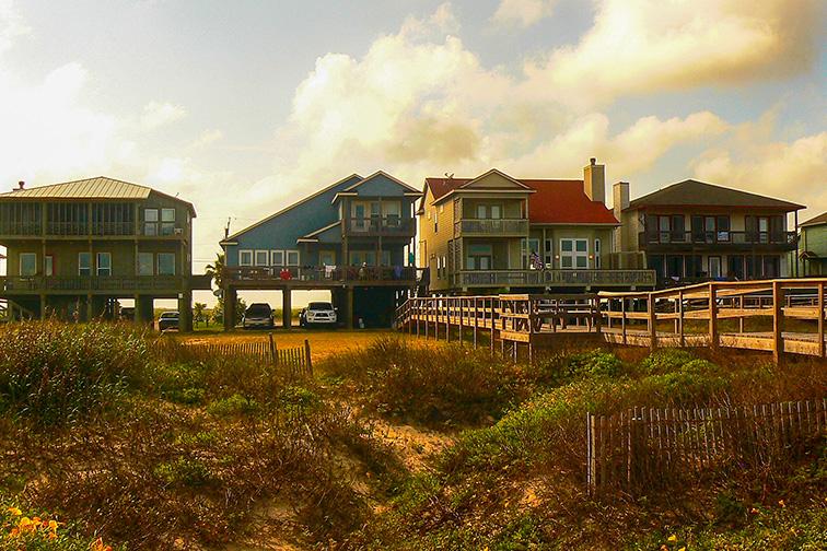 Surfside Beach; Courtesy of TBaker770/Shutterstock