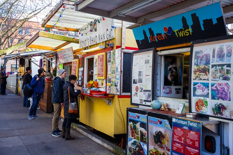 Food trucks and carts in downtown PDX offer lunch and other meails for inexpensive prices near major office buildings.; Courtesy of Joshua Rainey Photography/Shutterstock