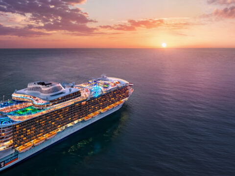 Exterio ship wonder of the seas; Courtesy Royal Caribbean