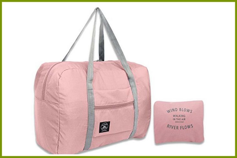 Travel Bags Lightweight Duffel in Pink