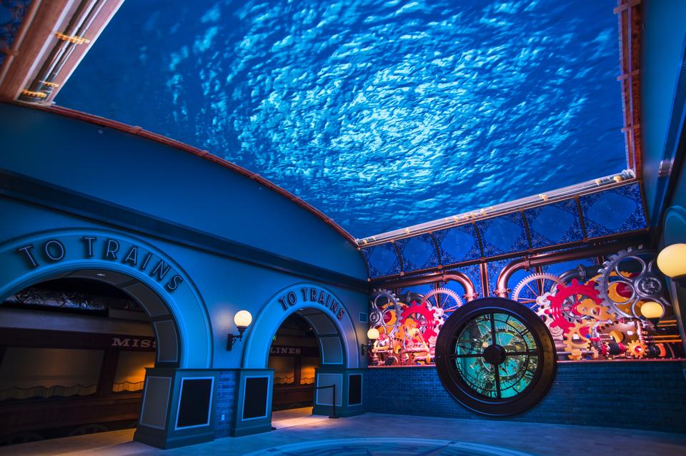 Lobby of The St. Louis Aquarium