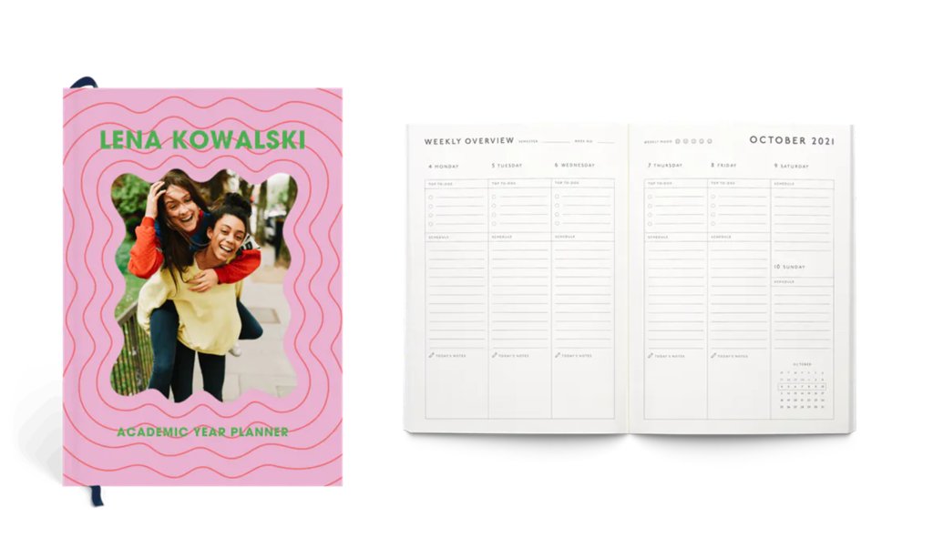 Front cover and inside pages of customizable Papier Happy Waves Planner